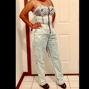 Lighwash denim jumpsuit